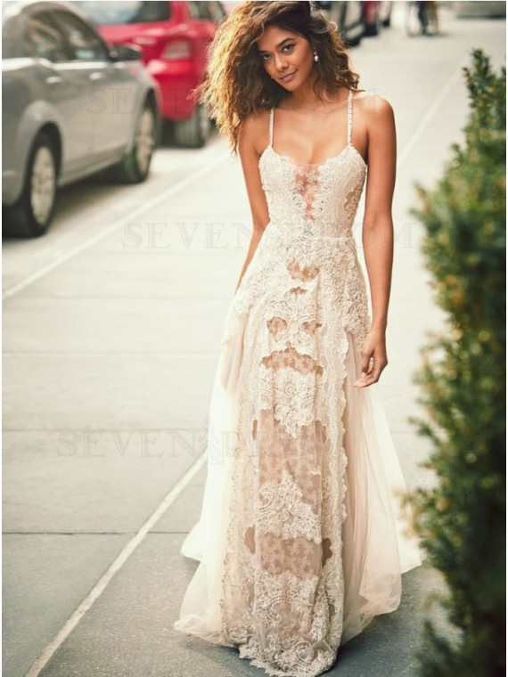 A-Line Spaghetti Straps Bohemian Beach Wedding Dress with Lace Appliques