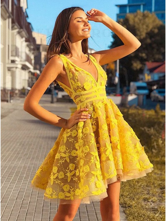 A-Line V-Neck Yellow Party Dress with Appliques Short Homecoming Dress