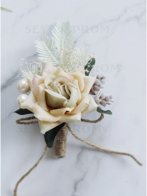 Classic Rose Boutonnieres