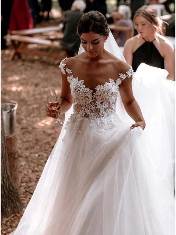 Modest A-Line Appliques Wedding Dress