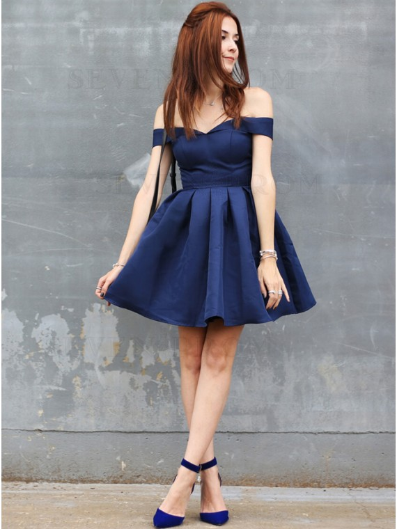 A-Line Off-the-Shoulder Short Navy Blue Homecoming Dress