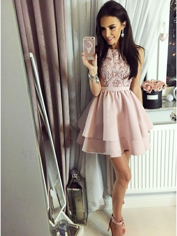 A-Line Bateau Sleeveless Blush Short Homecoming Dress with Appliques