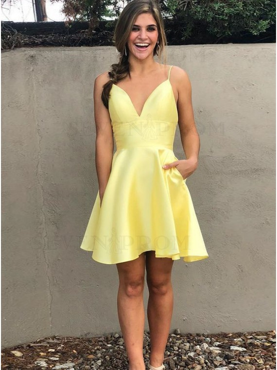 A-Line Spaghetti Straps Short Backless Yellow Homecoming Dress