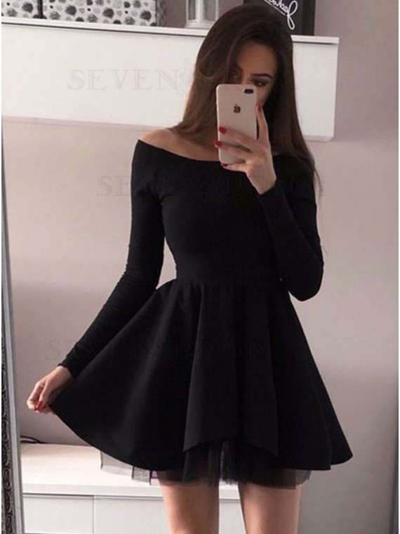 A-Line Bateau Long Sleeves Above-Knee Black Homecoming Party Dress