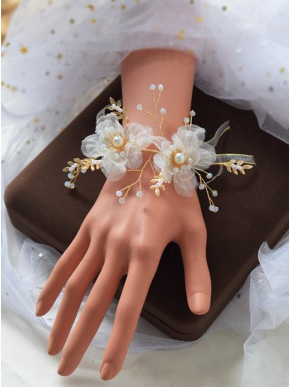 Pretty White Wrist Corsage