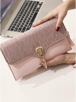 Pu Pink Wristlet with Metal