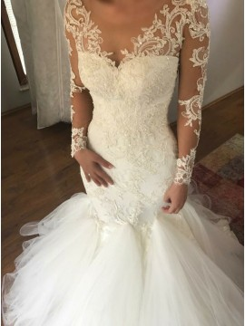 Mermaid V-Neck Long Sleeves Sweep Train Wedding Dress with Appliques