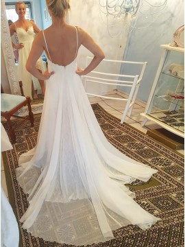 A-Line Spaghetti Straps Backless White Wedding Dress with Lace