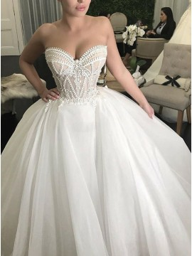 Ball Gown Sweetheart Court Train Wedding Dress with Appliques