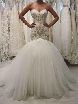 Mermaid Sweetheart Sweep Train Lace-up Wedding Dress with Appliques