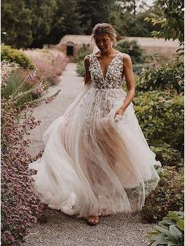 A-Line Backless Wedding Dress with Appliques