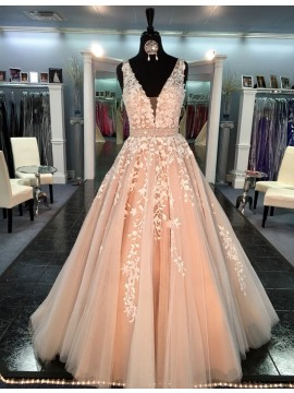 Modern Peach V-neck Sleeveless Sweep Train Prom Dress with Appliques