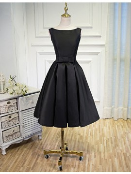 Elegant A-line Black Bateau Knee-length Prom Dress with Bowknot
