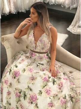 A-Line V-Neck Floor-Length Floral Lace Prom Dress with Appliques