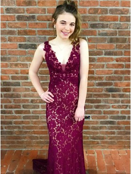 Mermaid V-Neck Sweep Train Fuchsia Lace Prom Dress with Appliques