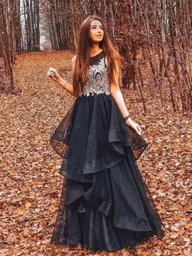 Crew Long Black Prom Dress with Appliques Tiered Beading Evening Dress