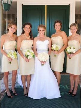 Sheath Sweetheart Short Light Champagne Bridesmaid Dress