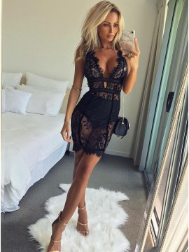 Sheath Deep V-Neck Short Black Cocktail Dress with Lace