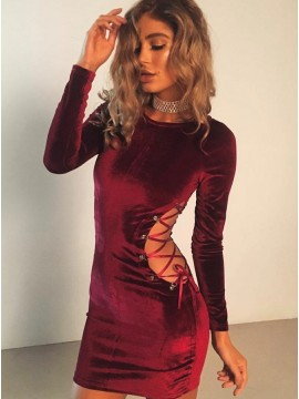 Sheath Round Neck Long Sleeves Burgundy Velvet Cocktail Dress