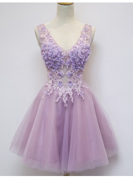 Modern Lilac V-Neck Sleeveless Above-Knee Appliques Homecoming Cocktail Dress