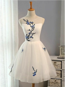 A-Line Jewel Open Back White Homecoming Dress with Appliques
