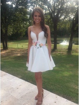A-Line Spaghetti Straps Above-Knee White Homecoming Dress with Appliques