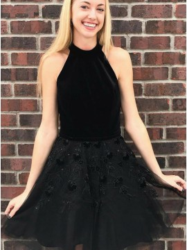 A-Line Halter Black Tulle Homecoming Dress with Appliques