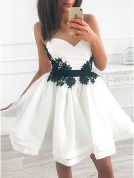 A-Line Crew Above-Knee White Homecoming Party Dress with Appliques