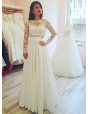 Two Piece Bateau Long Sleeves Wedding Dress with Appliques Pockets
