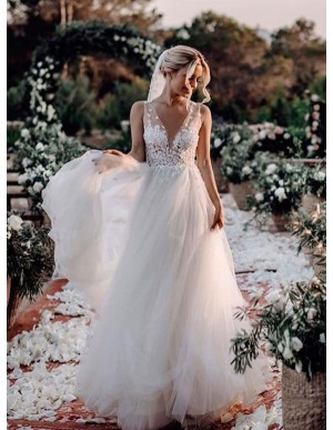 A-Line Open Back Wedding Dress With Appliques