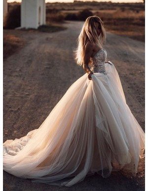 Romantic Sweetheart Wedding Dress with Beading