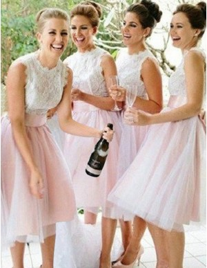 Simple Pink A-Line Scalloped Knee-Length Lace Top Bridesmaid Dress