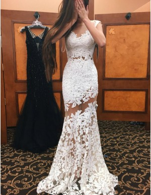 Elegant White Mermaid Bateau Sleeveless Long Lace Prom Dress